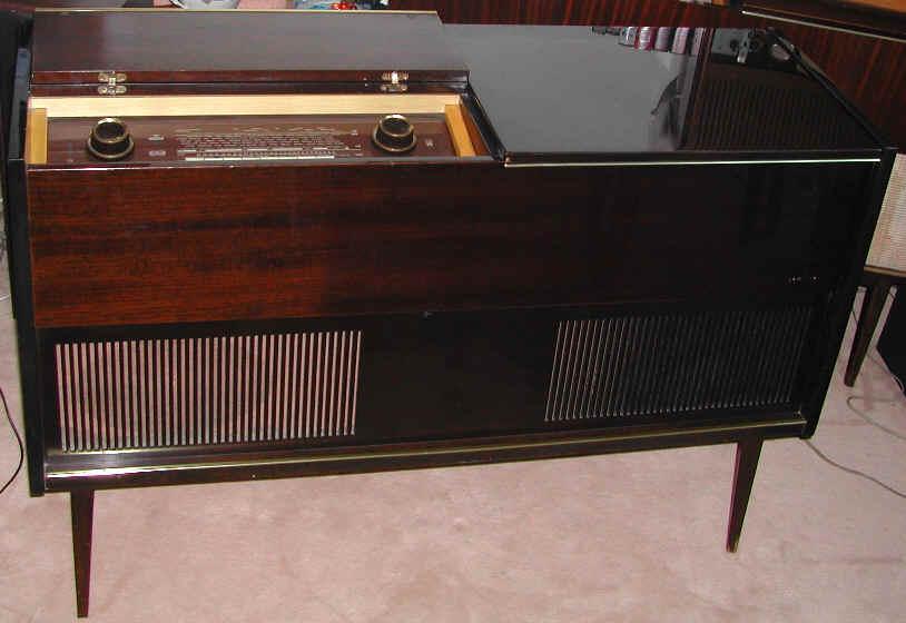 meubles grundig so205 ks400f ks530f philips f7x31a. Black Bedroom Furniture Sets. Home Design Ideas